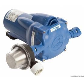 Avtoklav Kita watermaster opremljena 11,5 l/min, 12 V